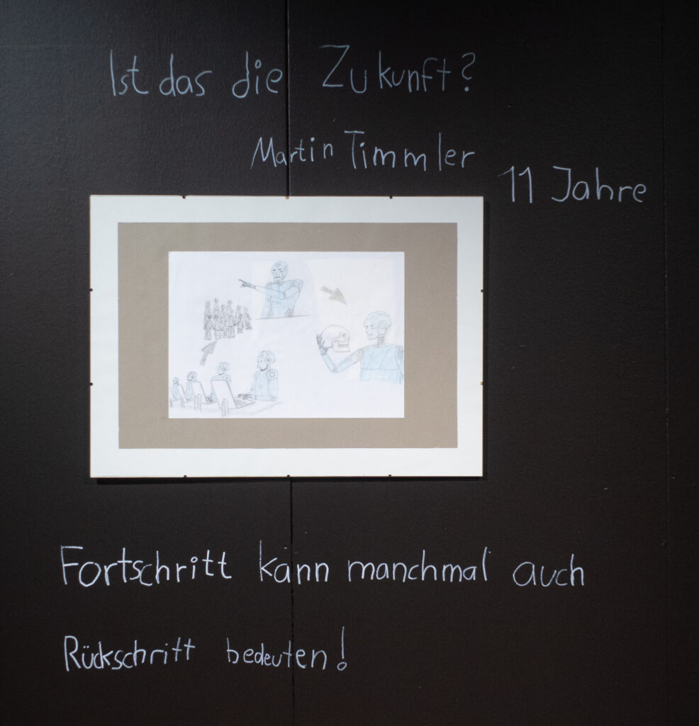 Das Werk von Martin Timmler im Rahmen des Zukunftskunst-Wettbewerbs #kunstforfuture 2020. Das Werk ist bis zum 25. Oktober 2020 im LVR-Industriemuseum Haus Cromford in Ratingen zu sehen. Der Wettbewerb findet im Rahmen des Jugendkulturjahrs 2020 der Stadt Ratingen statt. Die Rechte liegen bei dem Autor/ der Autorin.